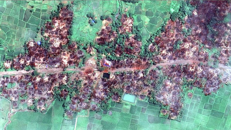 New satellite imagery obtained by Human Rights Watch shows the complete destruction of the village of Chein Khar © 2017 DigitalGlobe supplied by European Space Imaging