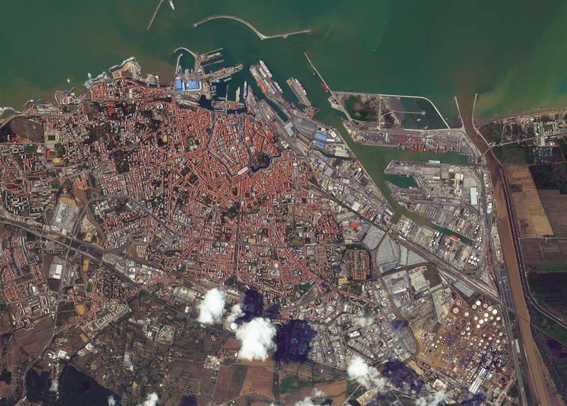 Satellite image of Livorno on 13th September. 📷 by WorldView-2 @ 50cm resolution
