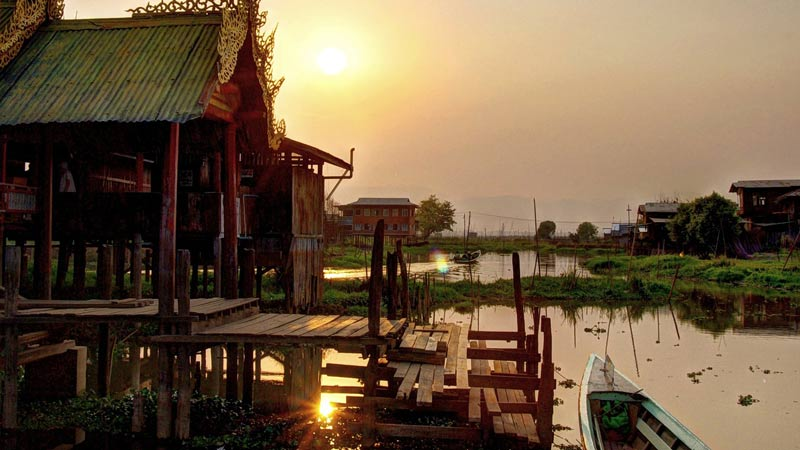 Many of the lake's inhabitants live in houses on stilts over the water.
