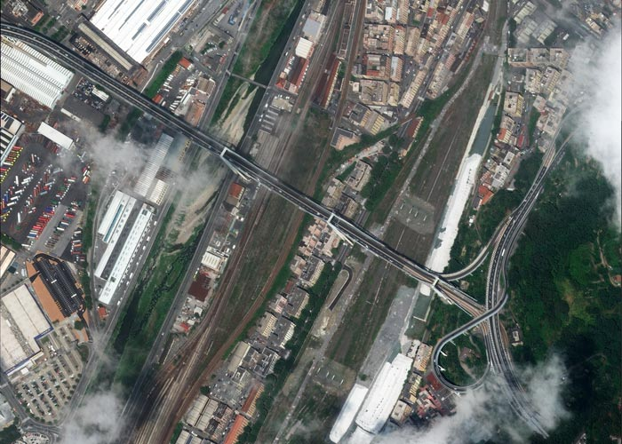 Morandi Bridge before the collapse at 30cm resolution. 📷 8/07/2018 by WorldView-4 © 2018 European Space Imaging